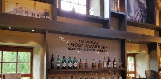 Dewar's World of Whisky
