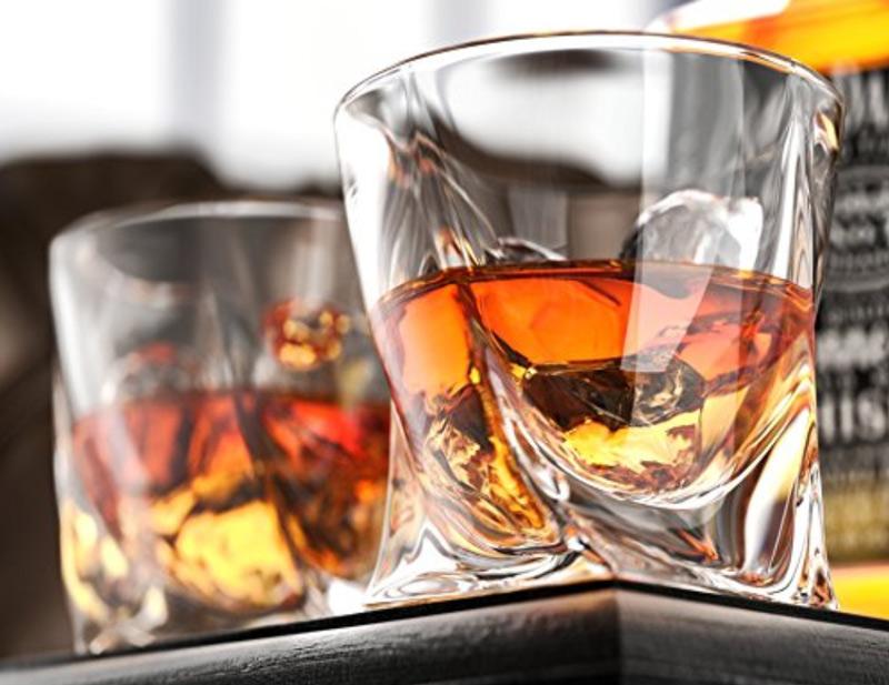 Whiskey - best liquor decanter sets