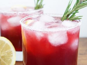 pomegranate mezcal margarita