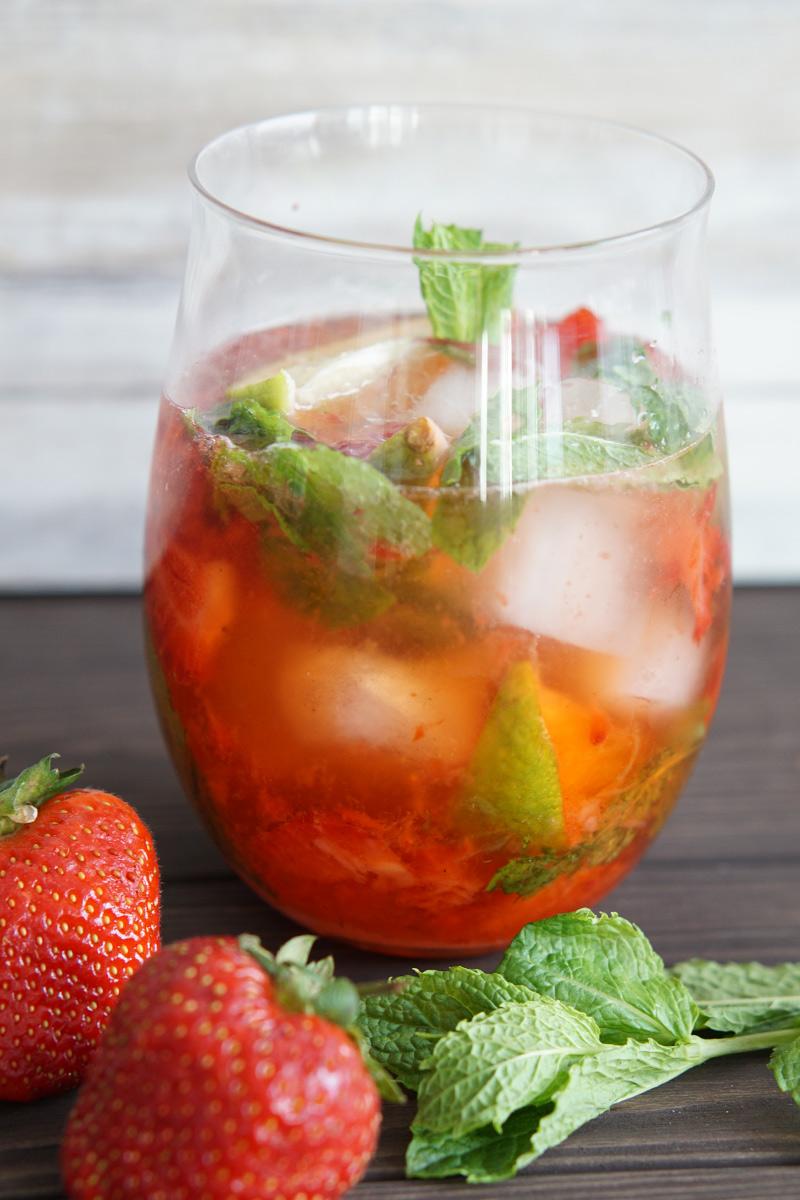 The Best Strawberry Mojito Recipe