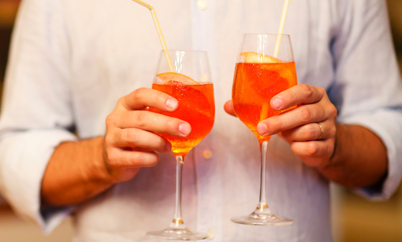 Aperol Spritz: Italy's Famous Cocktail