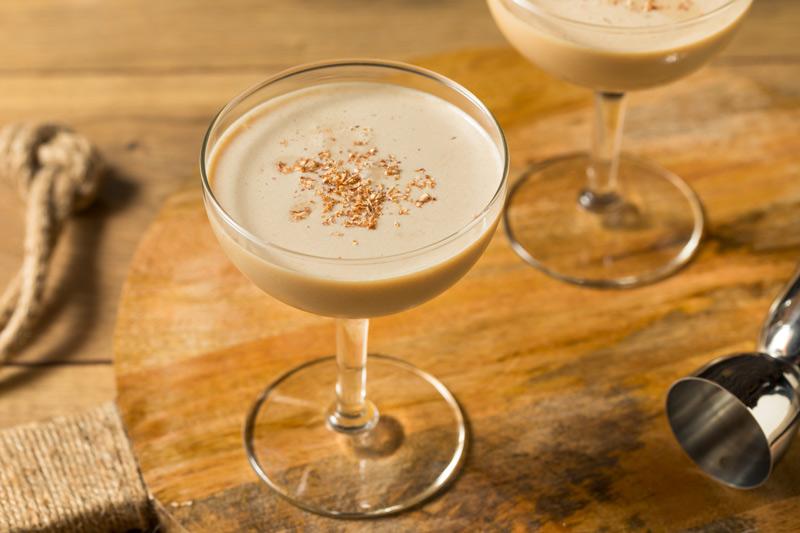 How to Make a Brandy Alexander
