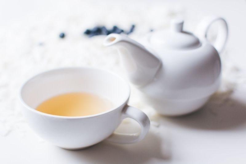 White tea cup and pot